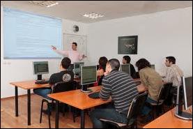 Наков преподава програмиране в Академията на Телерик за софтуерни инженери