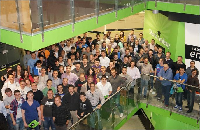 шампионите завършили софтуерната академия (випуск 2013)